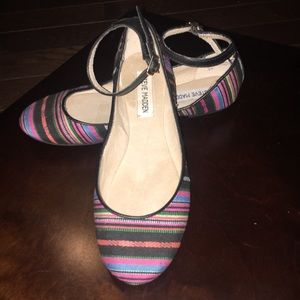 Steve Madden multi-color super cute flats